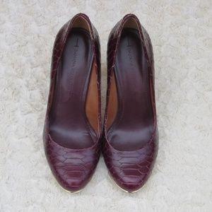 Banana Republic Ivana burgundy leather pumps 7